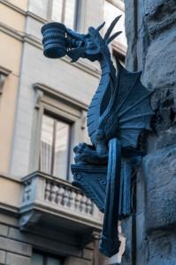 A particularly decorative lantern-holder on Via de Tornabuoni.