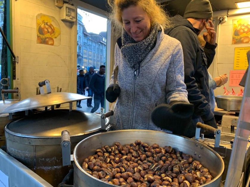 Heiss Marroni (hot chestnuts) in Zurich.